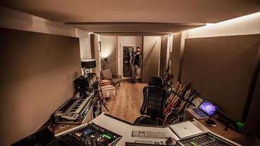 Blessville Studio Chris Kaufmann