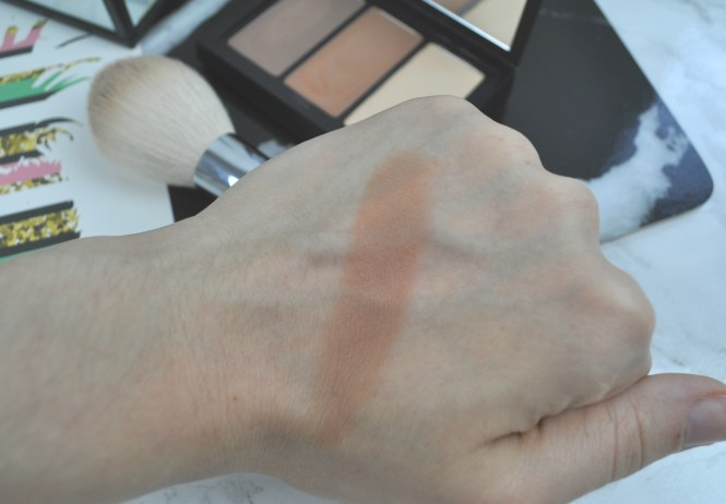 Smashbox Step by Step Contour Kit Swatch