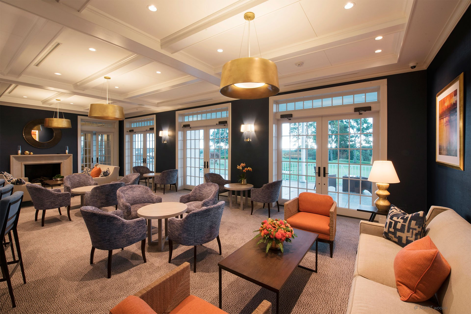 murphy-brothers-contracting-commercial-greewich-country-club-elmers-lounge-02 (2)