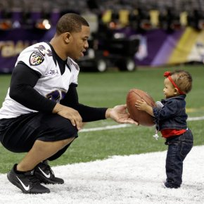 Ray-Rice-and-Daughter-Rayven-baby-girl