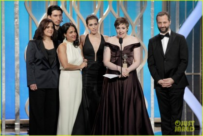lena-dunham-girls-wins-best-comedy-series-at-golden-globes-2013-02