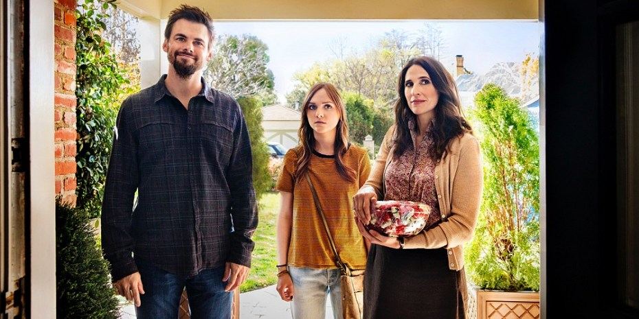 Tommy-Dewey-Tara-Lynne-Barr-and-Michaela-Watkins-in-Casual-Season-2