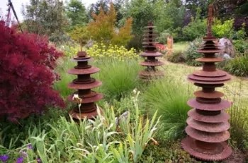 Sculpture IS installation - Sierra Azul Nursery & Garden