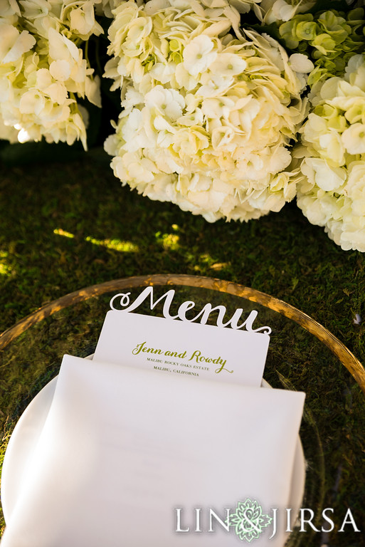 Table Setting at Malibu Rocky Oaks Wedding | Made By Meg Catering