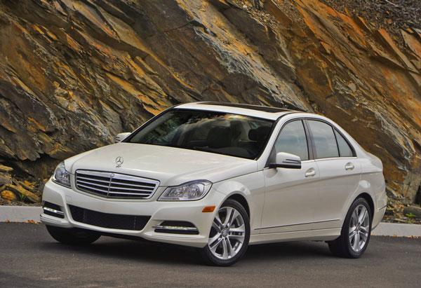 2012_C300_Luxury_Sedan_00.jpg