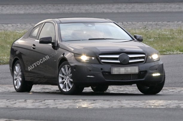 2011C New C Class Coupe Seen With Minimal Disguise