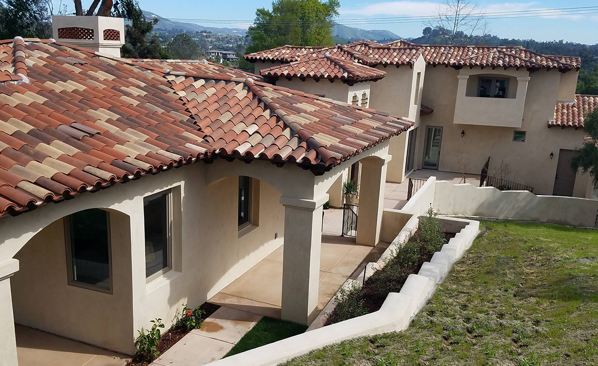Classic S Mission clay roof tile in 50% B330-R, 20% B334-R, 20% B318-R, and 10% B331-R on home in Encinitas, CA