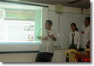 Villaflor explains about the accessibility features of the CCBC Deaf Ministry site.