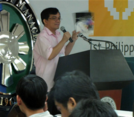 PWAG President and MCCID Training Director Jojo Esposa explains about the awards. (Photo from Annemich928)