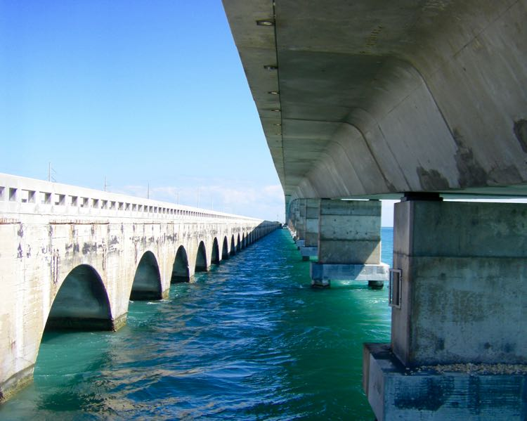 water level view of Seven Mile Bridge in Florida Keys