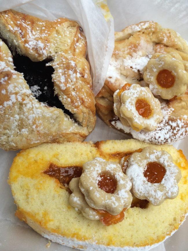 Kiss's Bakery, Hallandale Beach. independent bakeries