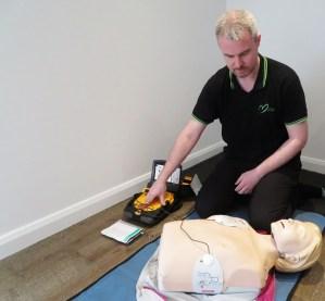 Safe use of a defibrillator