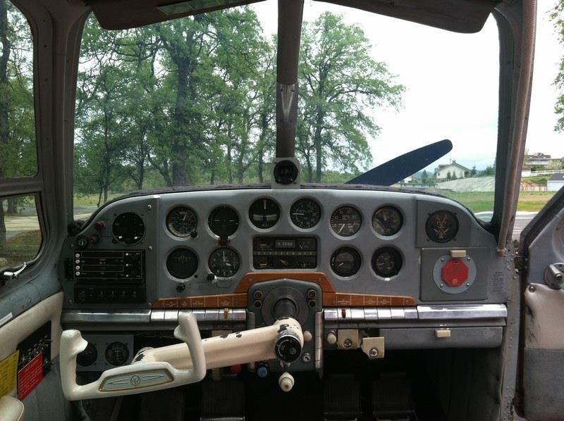 1947 BEECHCRAFT A35 BONANZA instrument panel front view