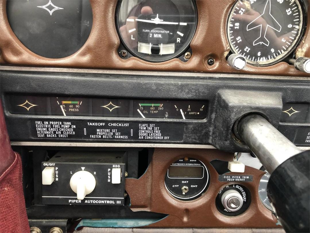 1973 PIPER ARROW II engine temp gauges