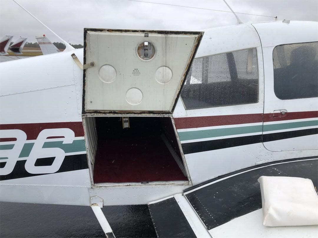 1973 PIPER ARROW II rear compartment door open