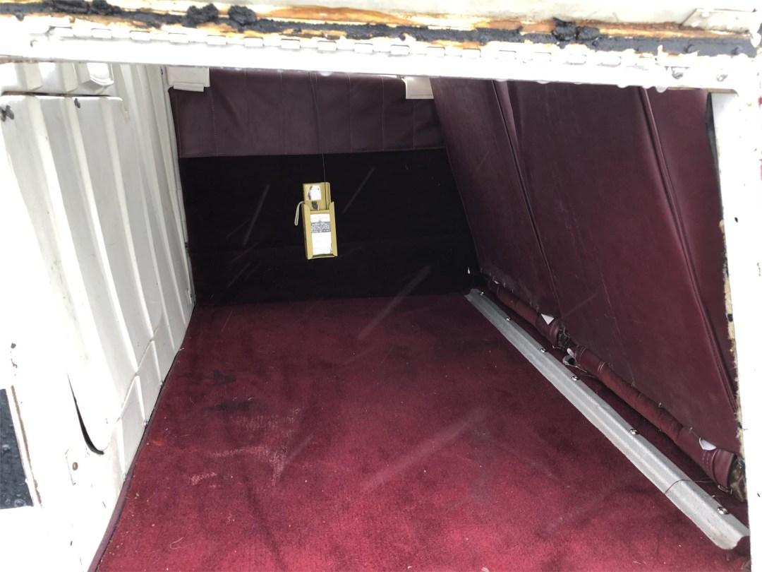 1973 PIPER ARROW II rear compartment inside
