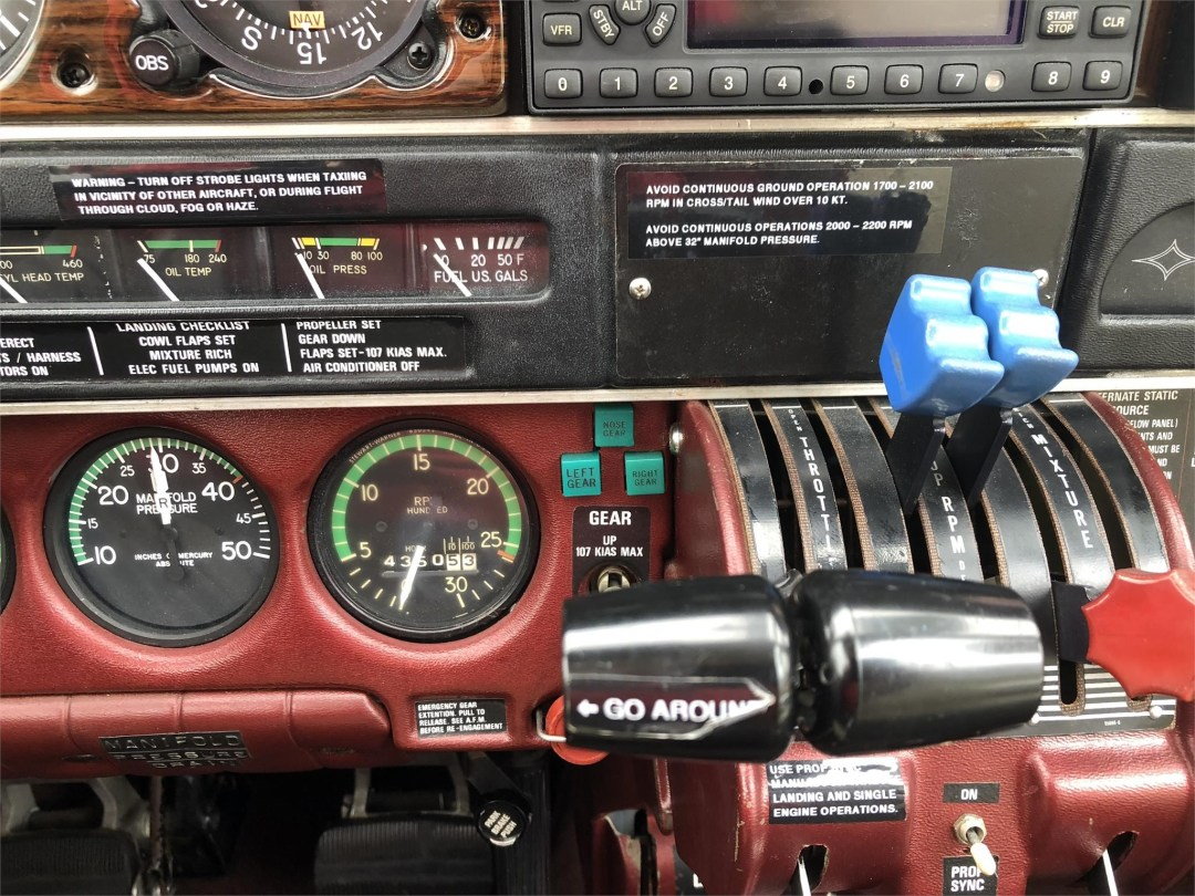 1979 PIPER SENECA II engine controls, rpm and manifuld pressure gauges