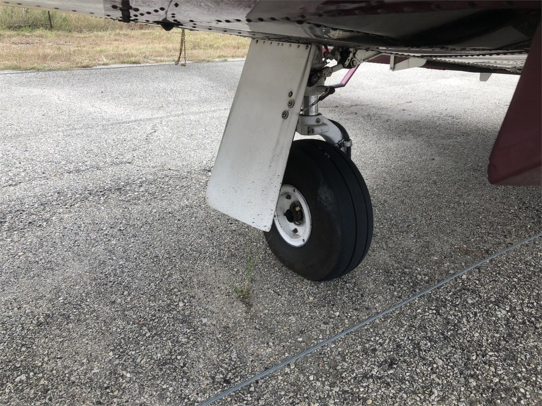 1979 PIPER SENECA II wheels extended