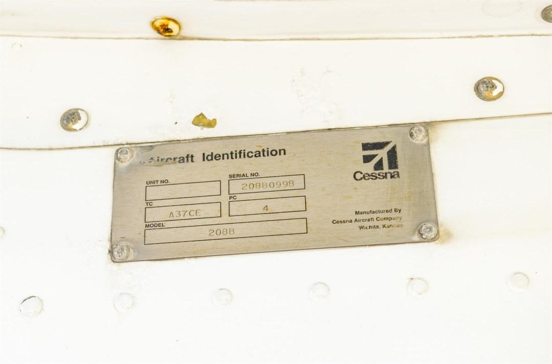2002 CESSNA CARAVAN 208B GRAND Aircraft ID plate