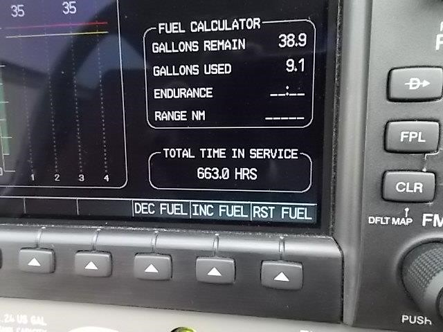 2008 DIAMOND DA40 XLS TOTAL TIME displayed