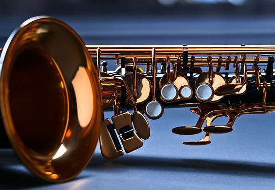 How to develop tone in the low register on saxophone