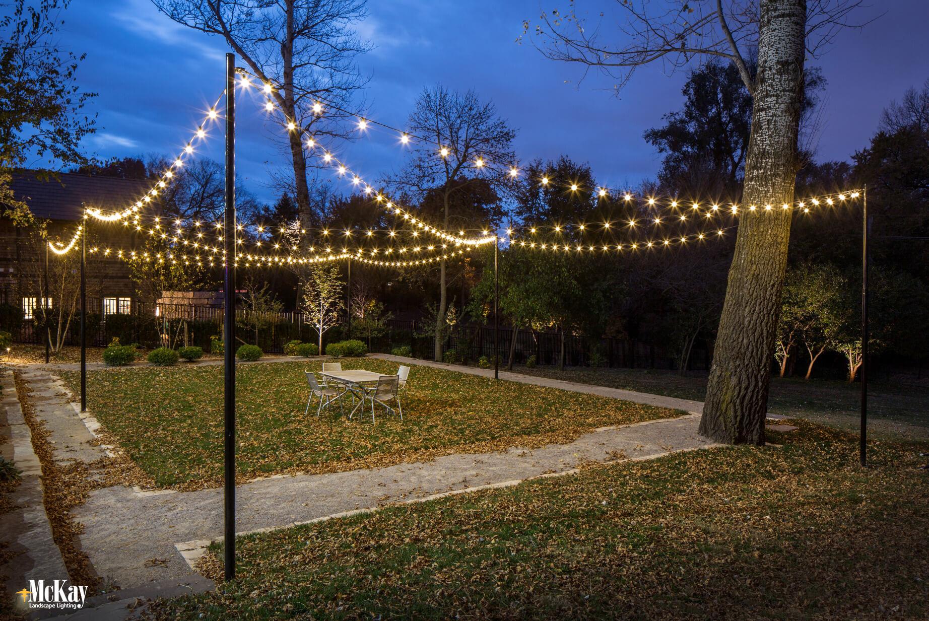 outdoor bistro string lights