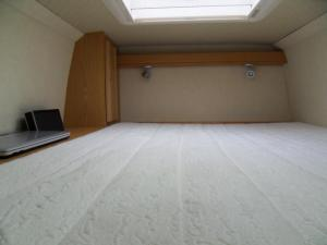 VW Crafter Sporthome bed