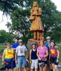 Wheeler riders with Dorothy & Toto carving