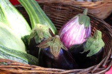 mcleod_creek_farmers_market_margaret_river_eggplants