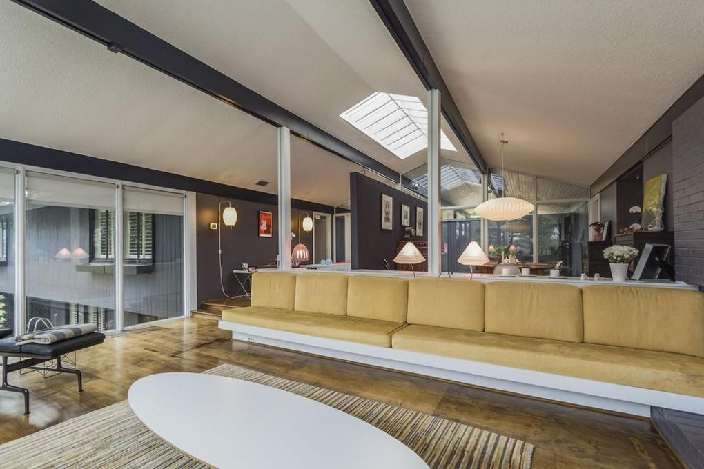 Davis House (living room) by Bruce McCarty