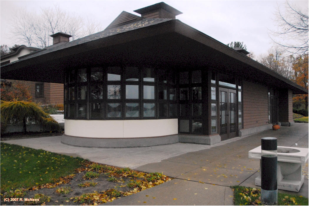 Ricks WrightSite Frank Lloyd Wright Priaries Style Architecture