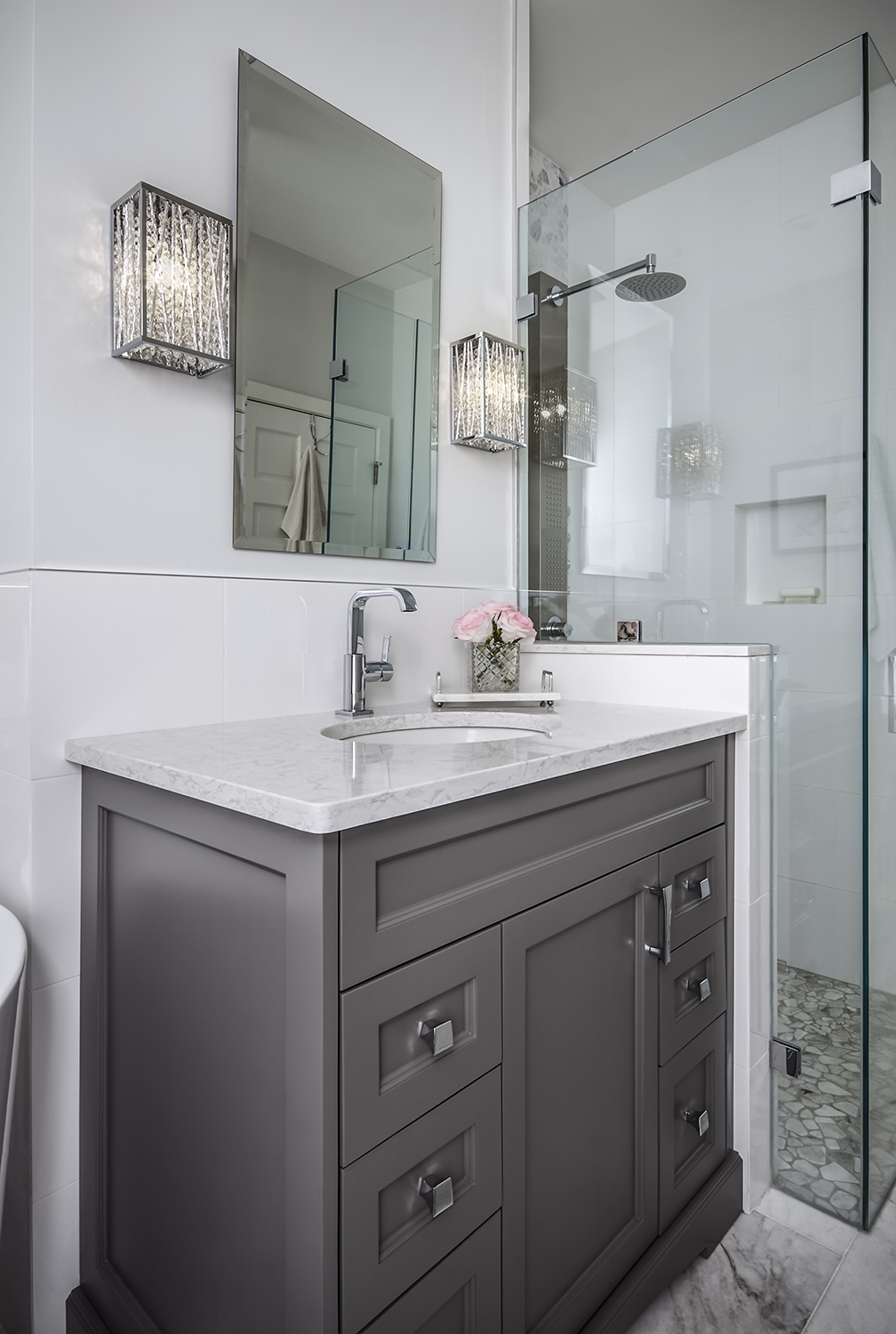 Pretty little Bathroom in Greys and Whites