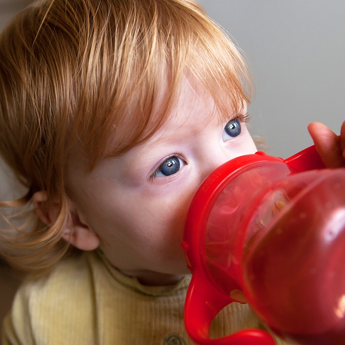 fruit juice damages children's teeth