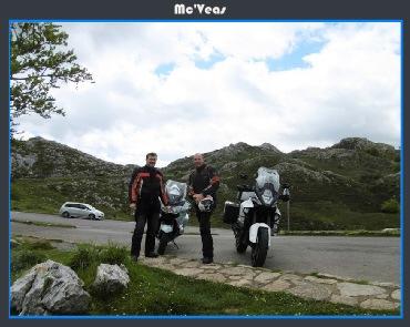 Motos aparcadas en Mirador
