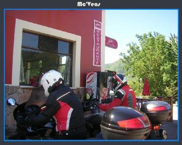aparcando motos