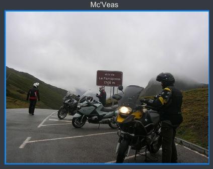 motos en alto de la Farrapona