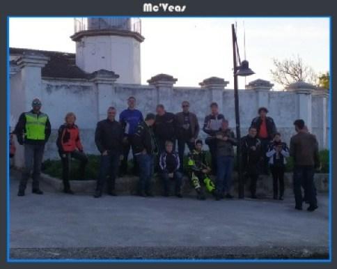 Grupo en Faro de Llanes