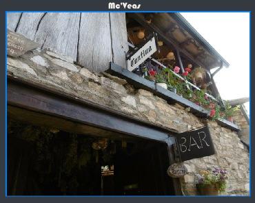 Fachada bar en Peñalba de Santiago