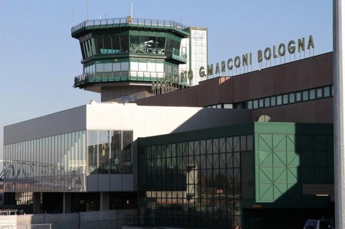 """Aeroporto """"Marconi"""" di Bologna - terminal - credits: bologna-airport.it"""