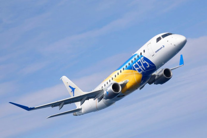 E175 flight