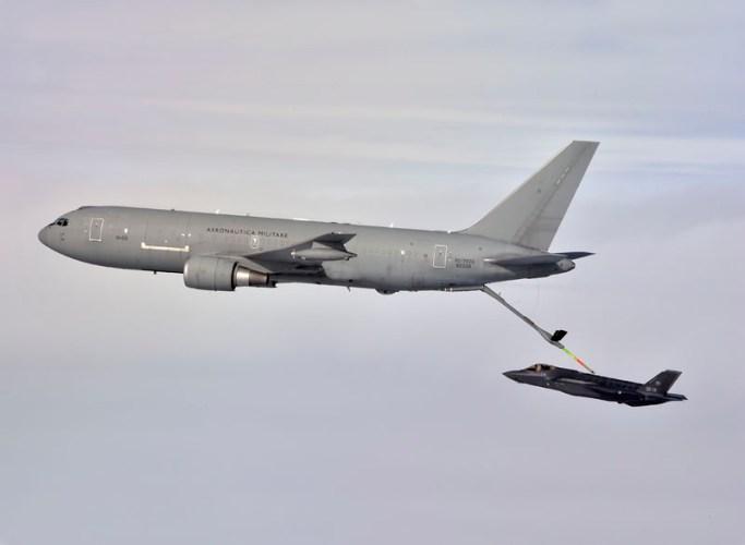 KC 767A F 35 crossing 3