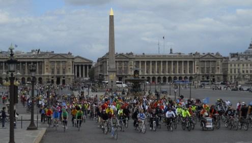 la place de la Concorde aux cyclistes