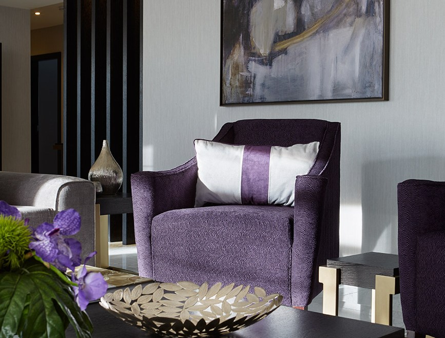 Hyde Park living space with artwork and luxury furniture