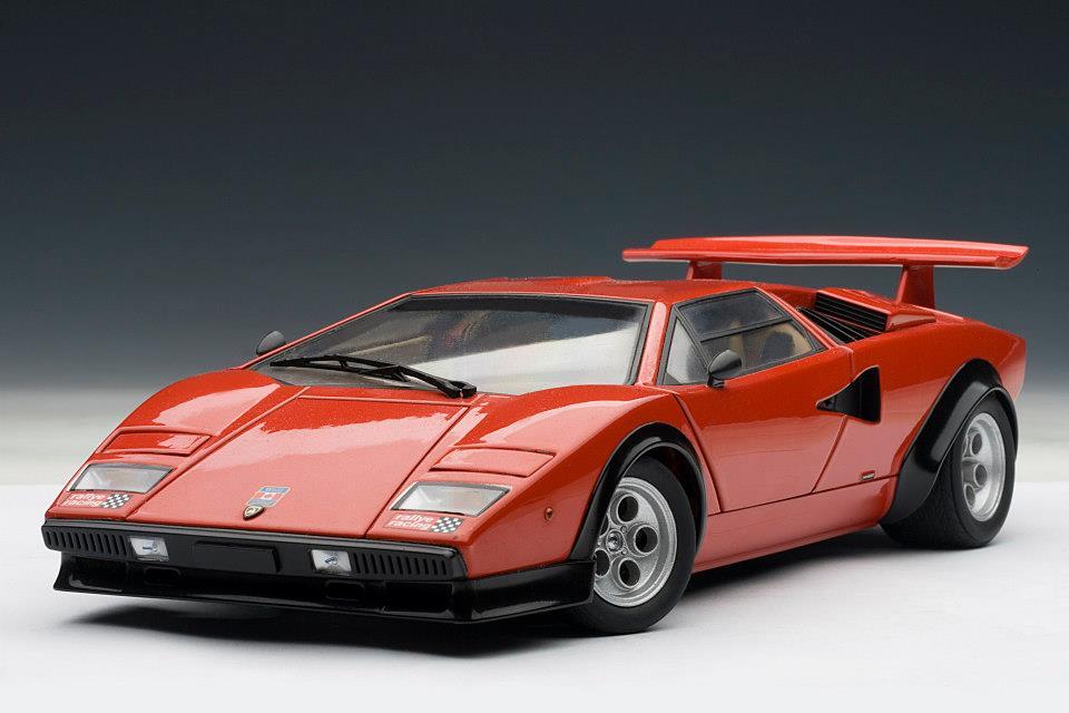 AUTOart Lamborghini Countach LP500S Walter Wolf Edition Red 74651 In 118 Scale MDiecast
