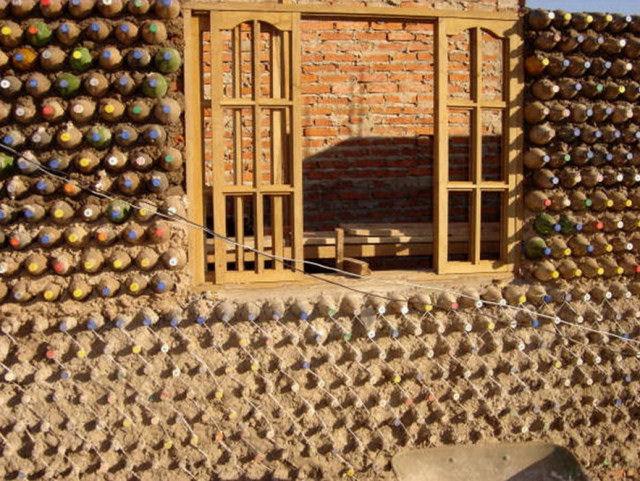 Casa garrafa Pet