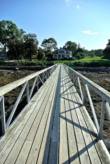 Rowan Manset dock