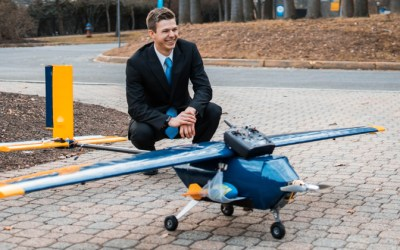 Engineer, Golfer Takes Flight