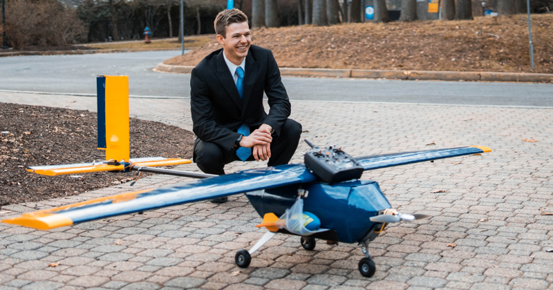 Engineer, Golfer Takes Flight