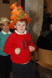 meadowbrook-montessori-primary-school-berskhire_events_warfield-church-easter-parade-monica-57