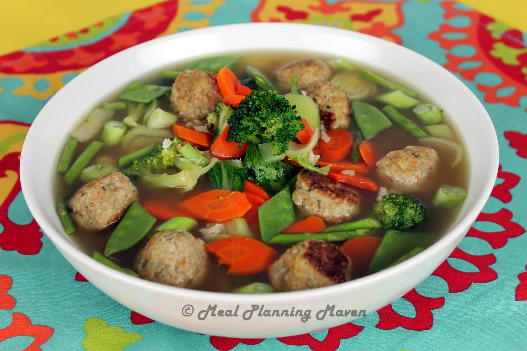 Mini Chicken Meatballs 'n Vegetable Soup